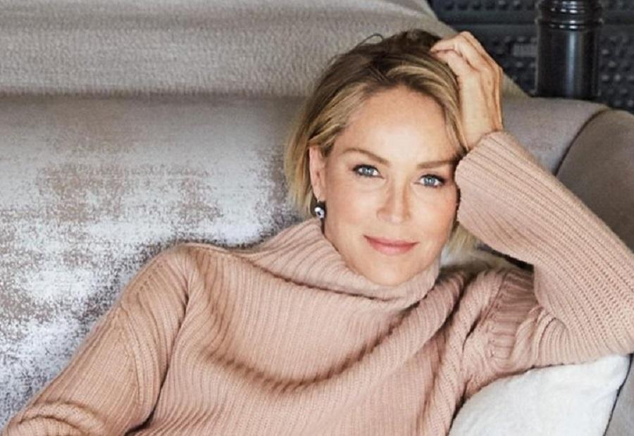 Sharon Stone se plânge că i-a fost blocat contul pe o aplicaţie de dating