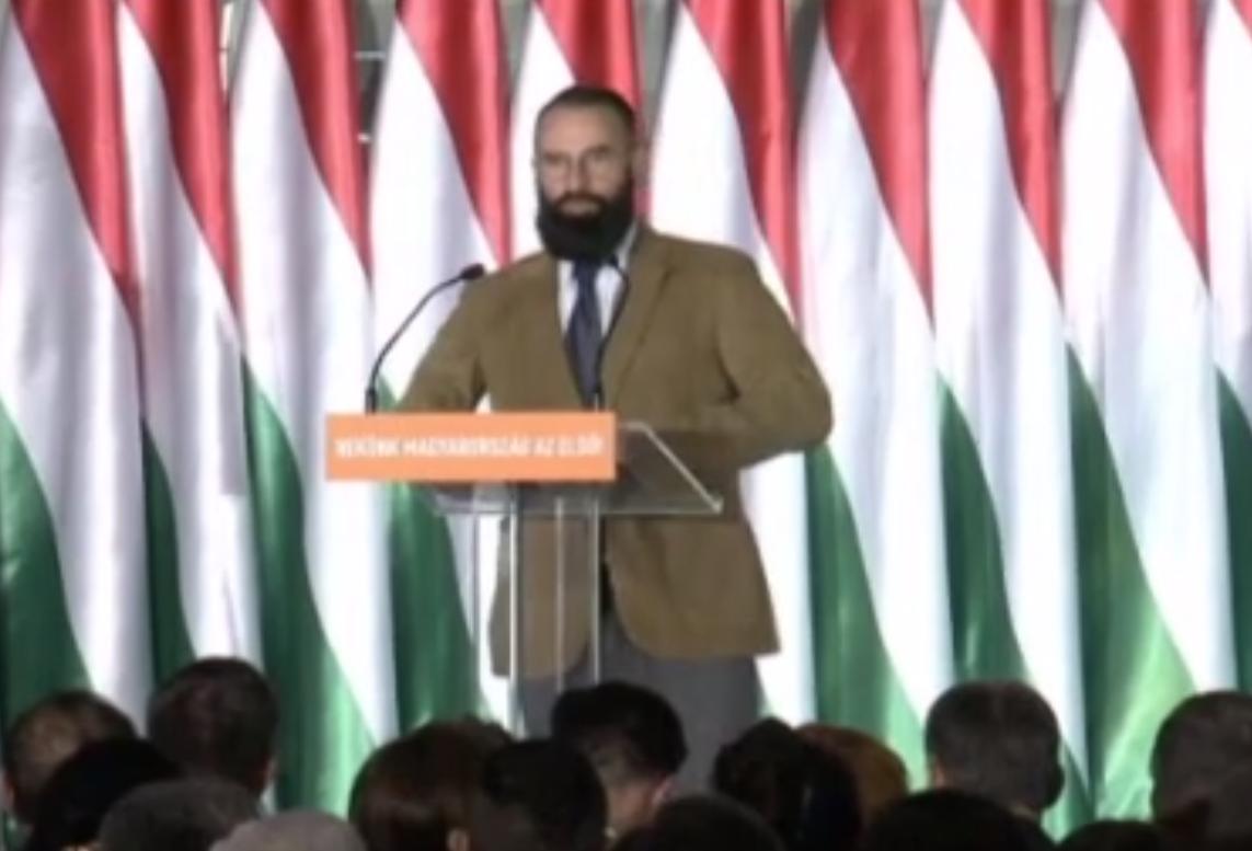Explicaţia europarlamentarului maghiar din Fidesz, prins la o orgie gay în Bruxelles