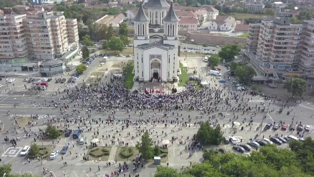 Reacția bisericilor din România la recomandarea CE privind slujbe de Crăciun