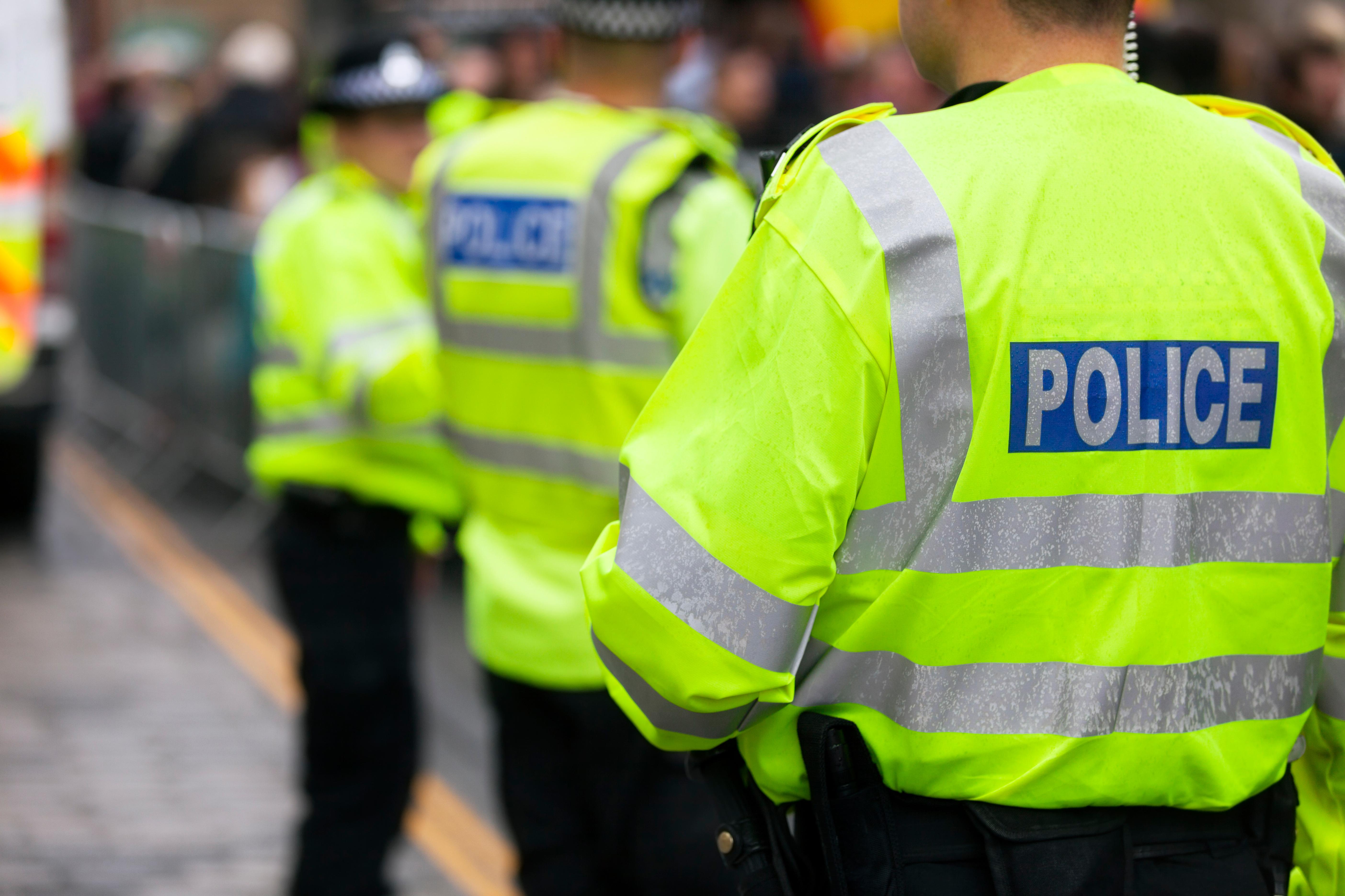 Explozie puternică la un depozit din sud-vestul Marii Britanii. Patru persoane au fost ucise