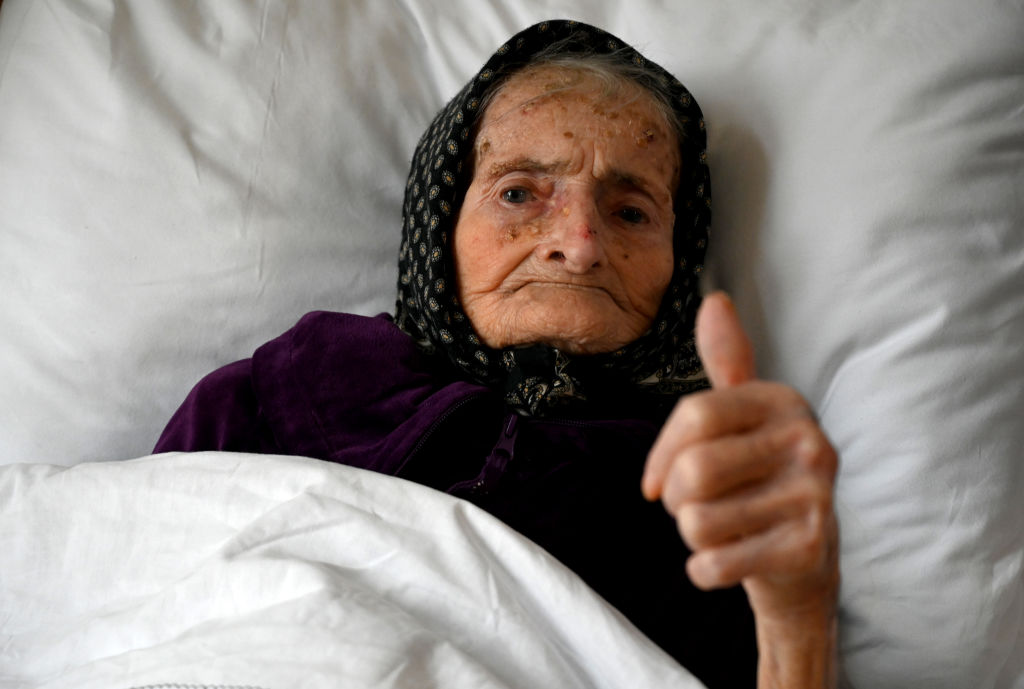 O bătrână de 99 de ani a învins coronavirusul