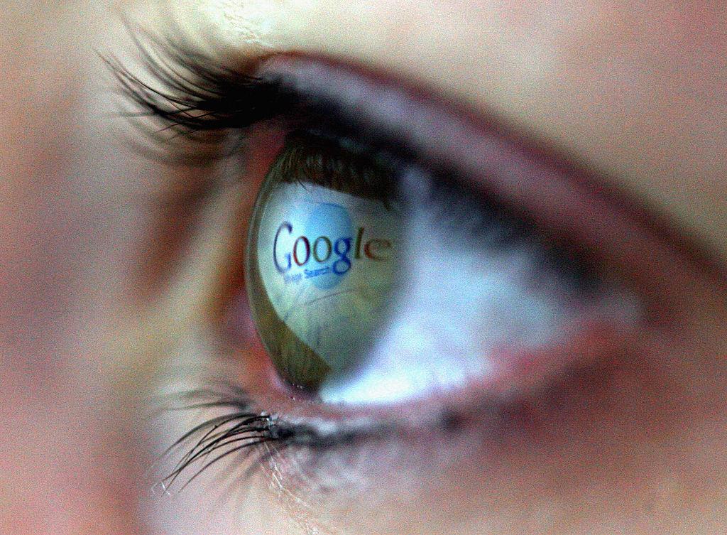 UE: Google trebuie să ofere mai multă transparenţă privind ierarhizarea rezultatelor căutărilor