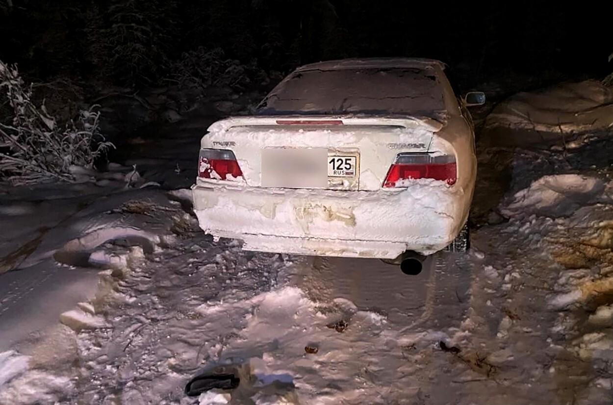 Un tânăr a murit înghețat, la -50 de grade, după ce mașina i s-a stricat pe Drumul Oaselor