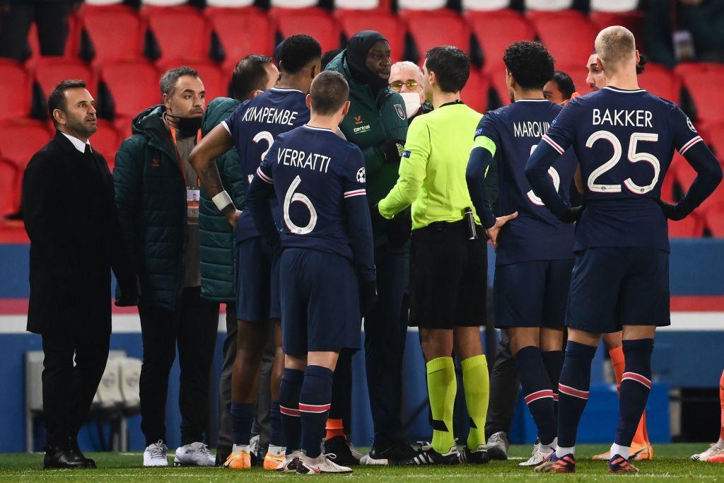 UEFA: PSG - Istanbul Bașakșehir se va relua miercuri, cu altă brigadă de arbitri