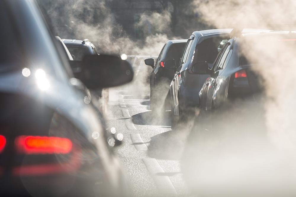 Emisiile de CO2 la nivel mondial scad cu 7% în 2020. Este un record în ultimii peste 200 de ani