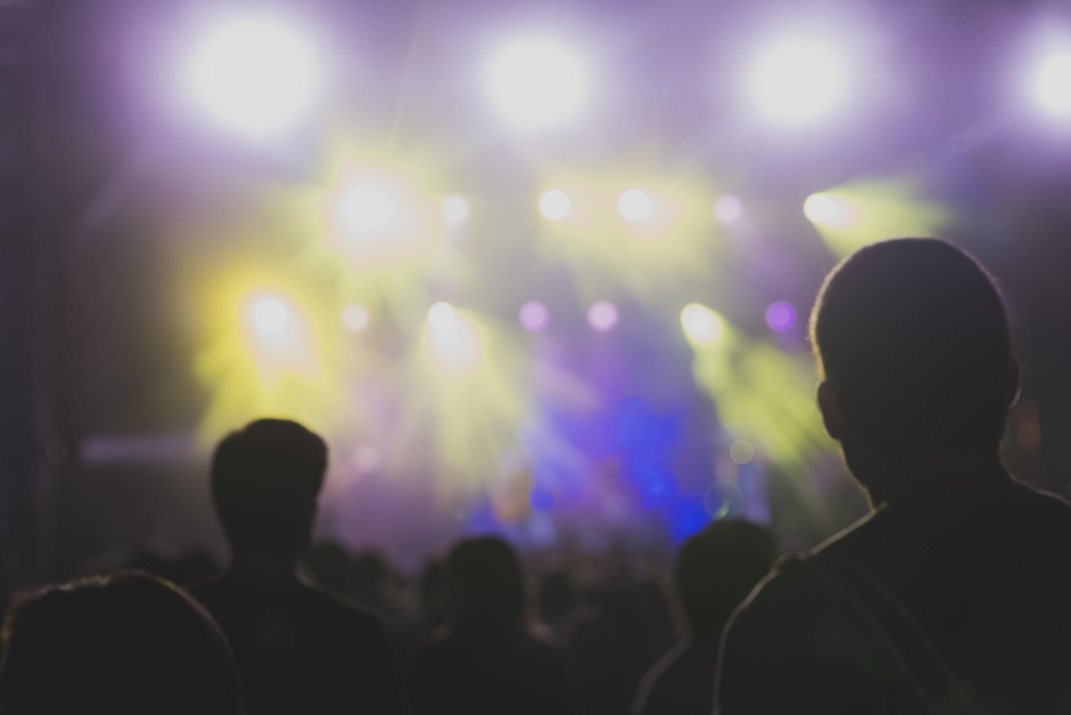 """Concert-experiment în Barcelona, cu sute de persoane. """"Vrem să demonstrăm eficiența testelor rapide"""""""
