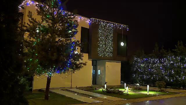 Cum și-au împodobit românii casele pentru Sărbători. Amenajarea poate costa mii de euro