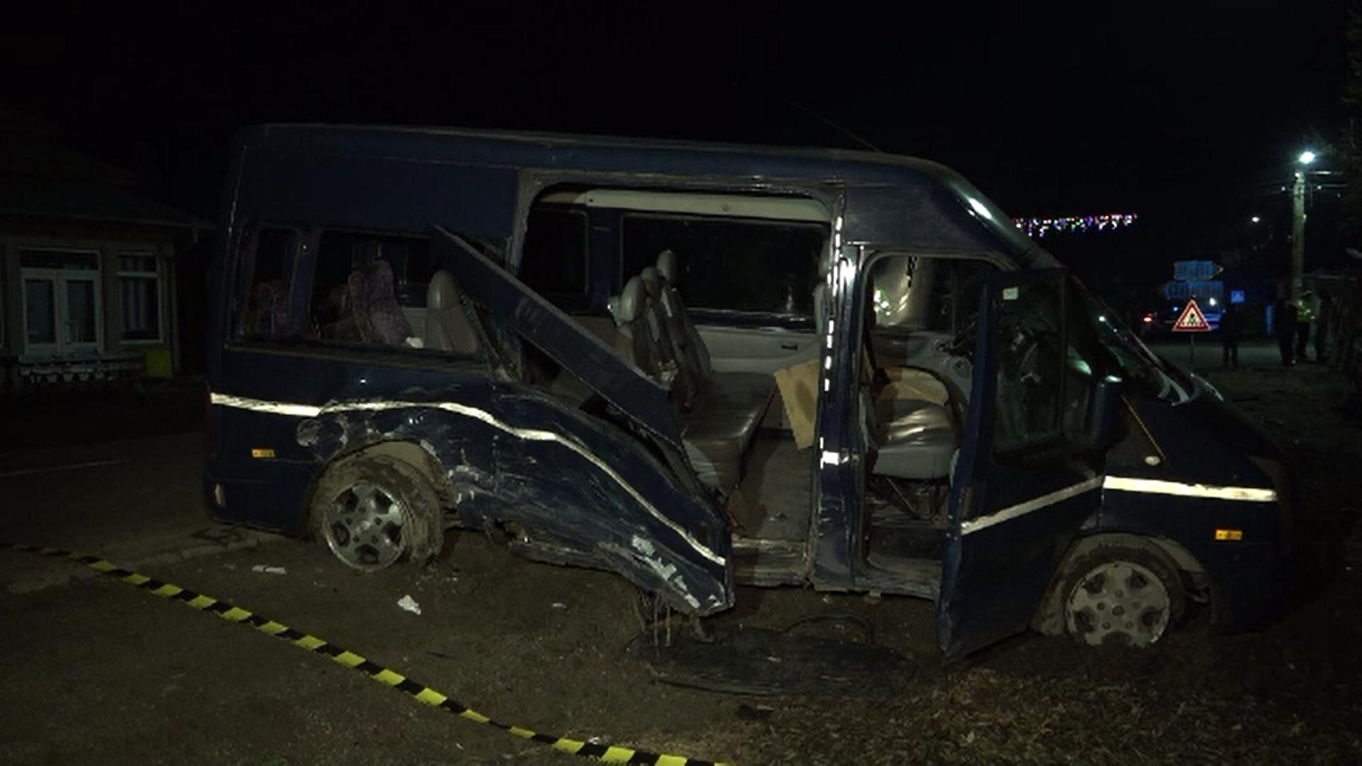 Patru bărbați au fost răniți în urma unui accident în Buzău. Șoferul vinovat nu a oprit la stop