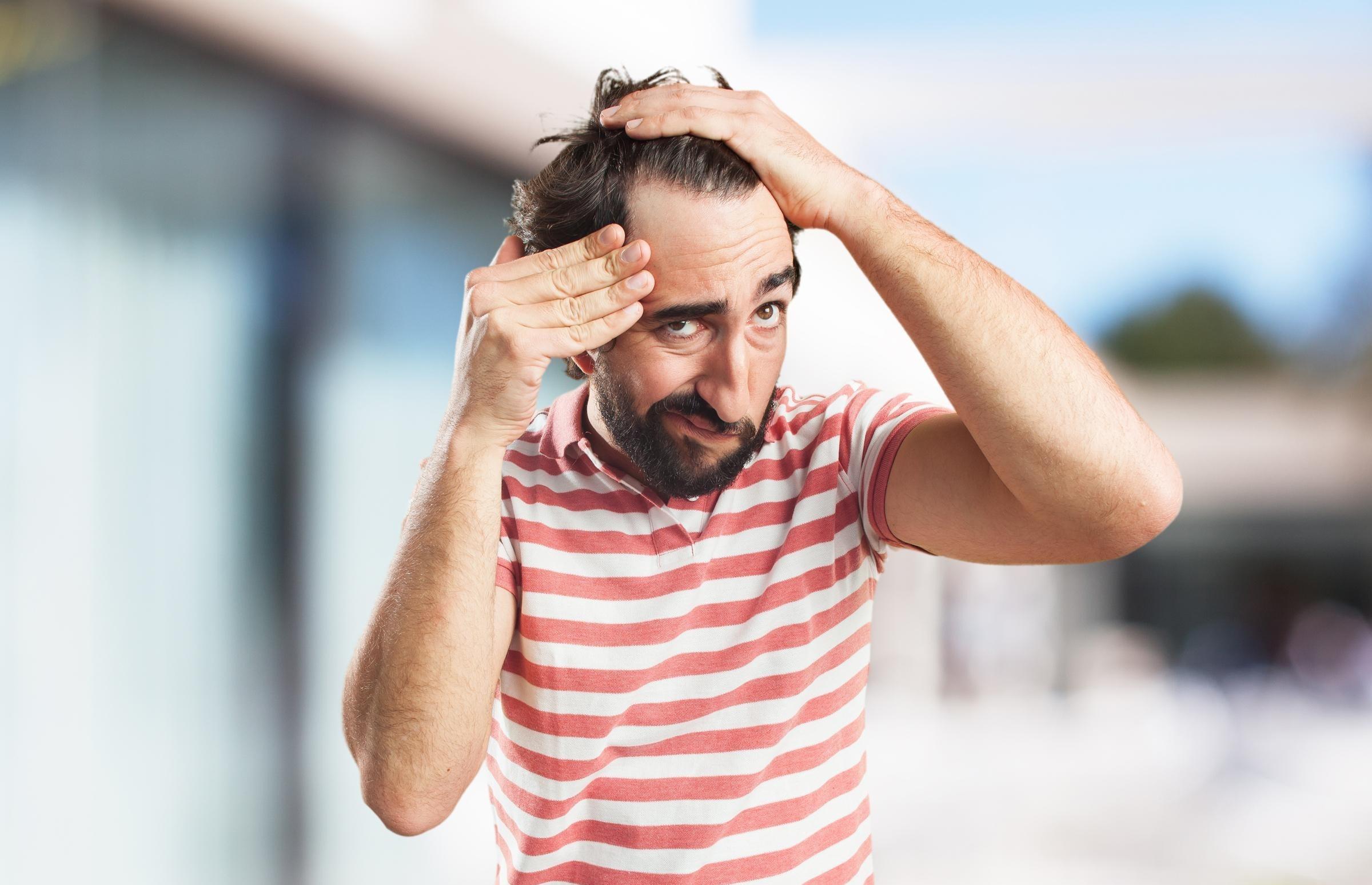 (P) Informaţii despre căderea părului şi soluţii pentru stimularea creșterii părului