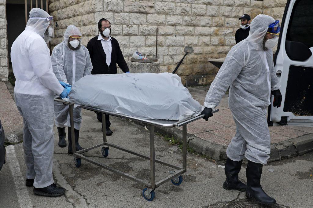 O persoană din Israel a murit, după ce a fost infectată pentru a doua oară cu SARS-CoV-2
