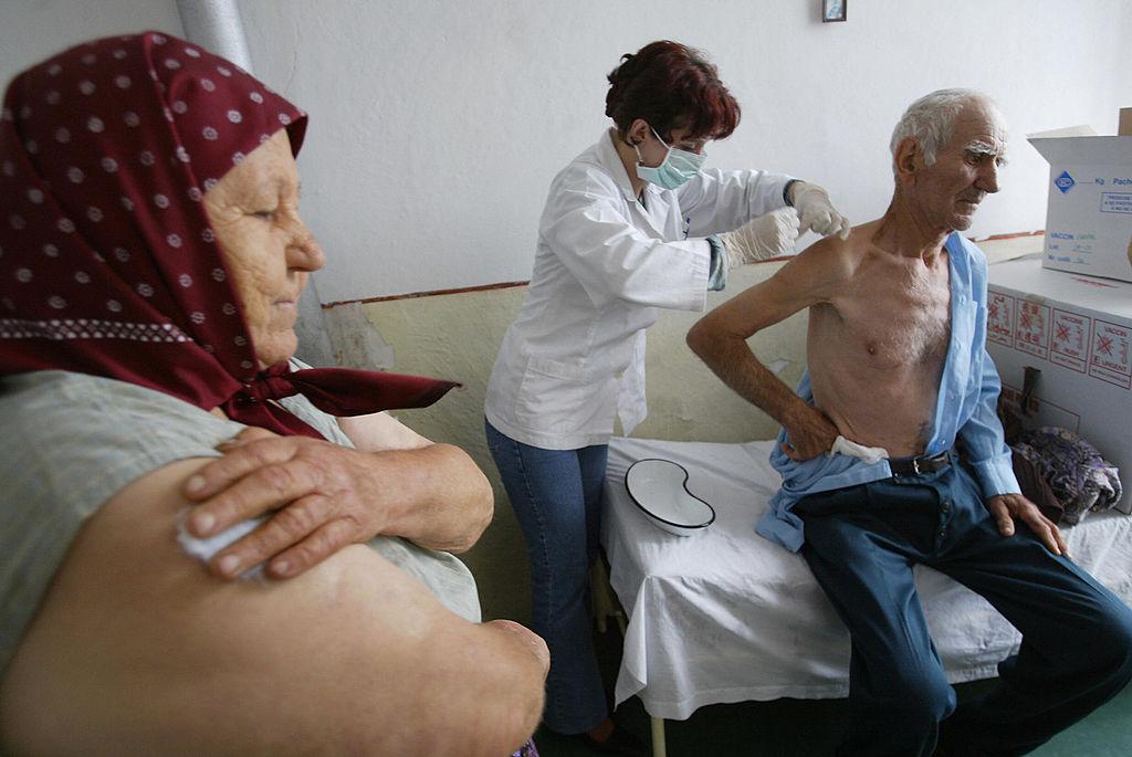 Ce trebuie să știe persoanele care doresc să se vaccineze anti-COVID. Cum se fac programările