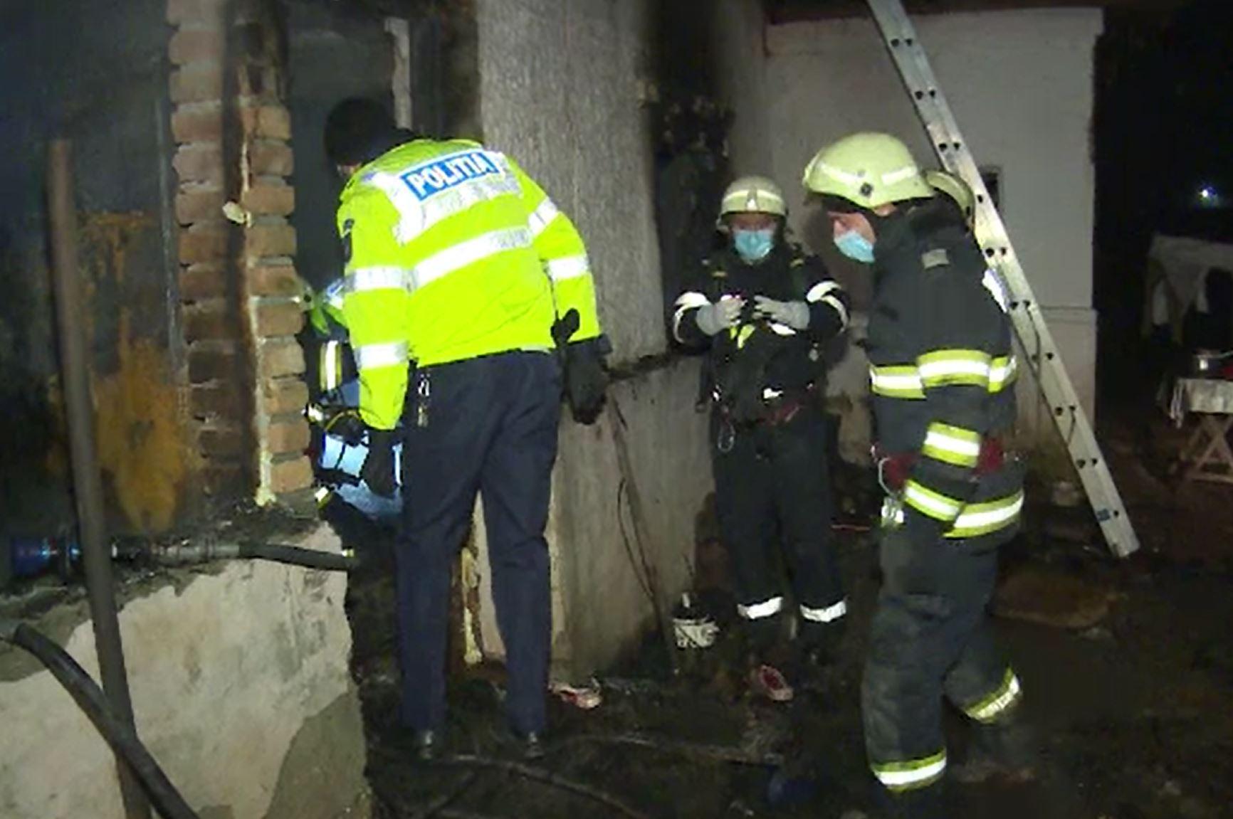Tragedie de Ajun, în Dâmboviţa. Un bărbat a murit ars de viu în propria casă