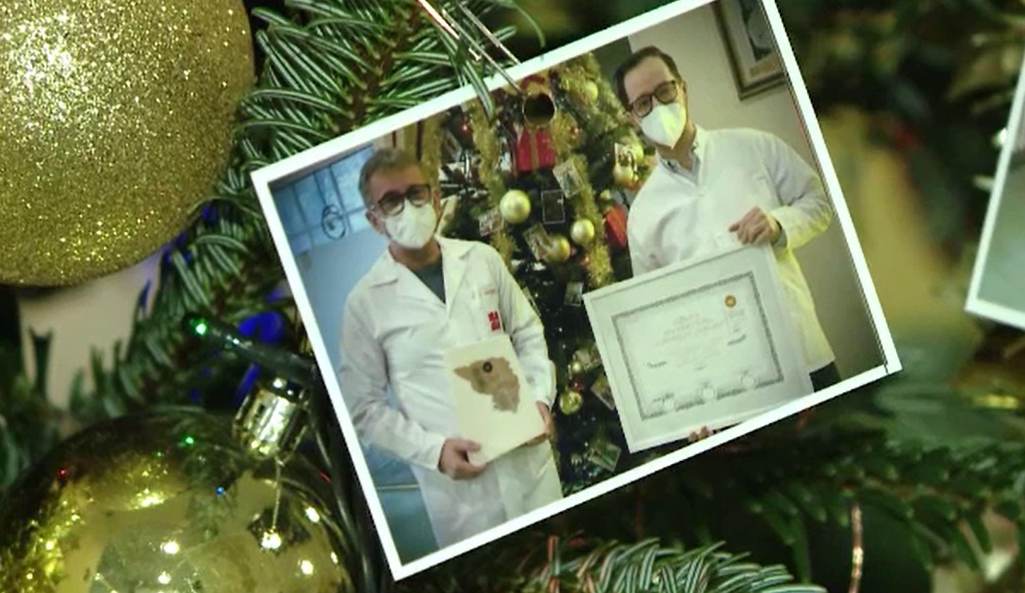 Cum încearcă doctorii și asistentele să aducă spiritul sărbătorilor în spitalele din țară