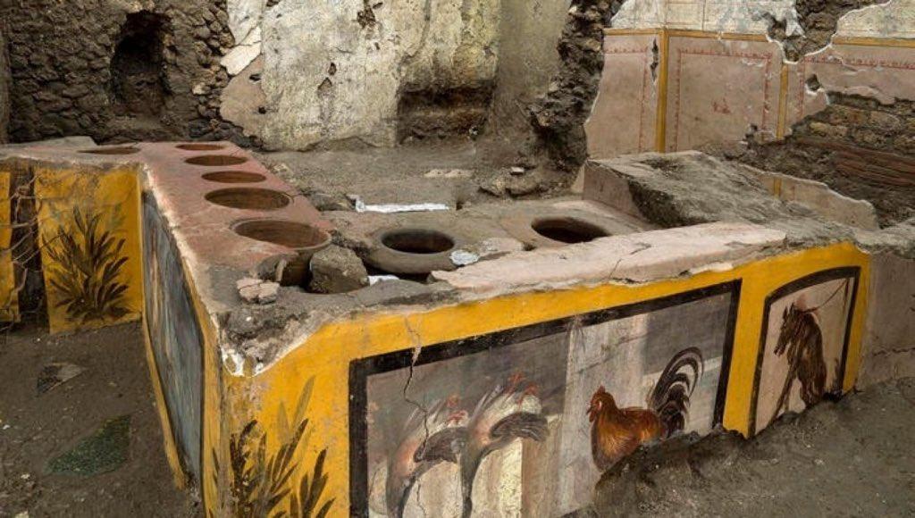"""Cum arătau """"fast-food""""-urile în Roma Antică. Descoperire surpinzătoare a arheologilor"""