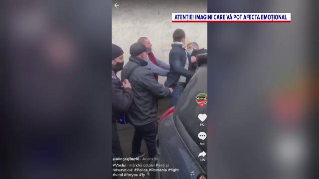 VIDEO. Polițiști atacați în Vaslui după ce au vrut să amendeze un tânăr fără mască