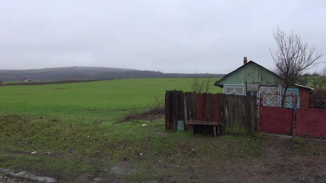 Mister în județul Bacău. Doi bărbați au fost găsiți morți într-o casă, după ce timp de 2 zile nu au răspuns la telefon