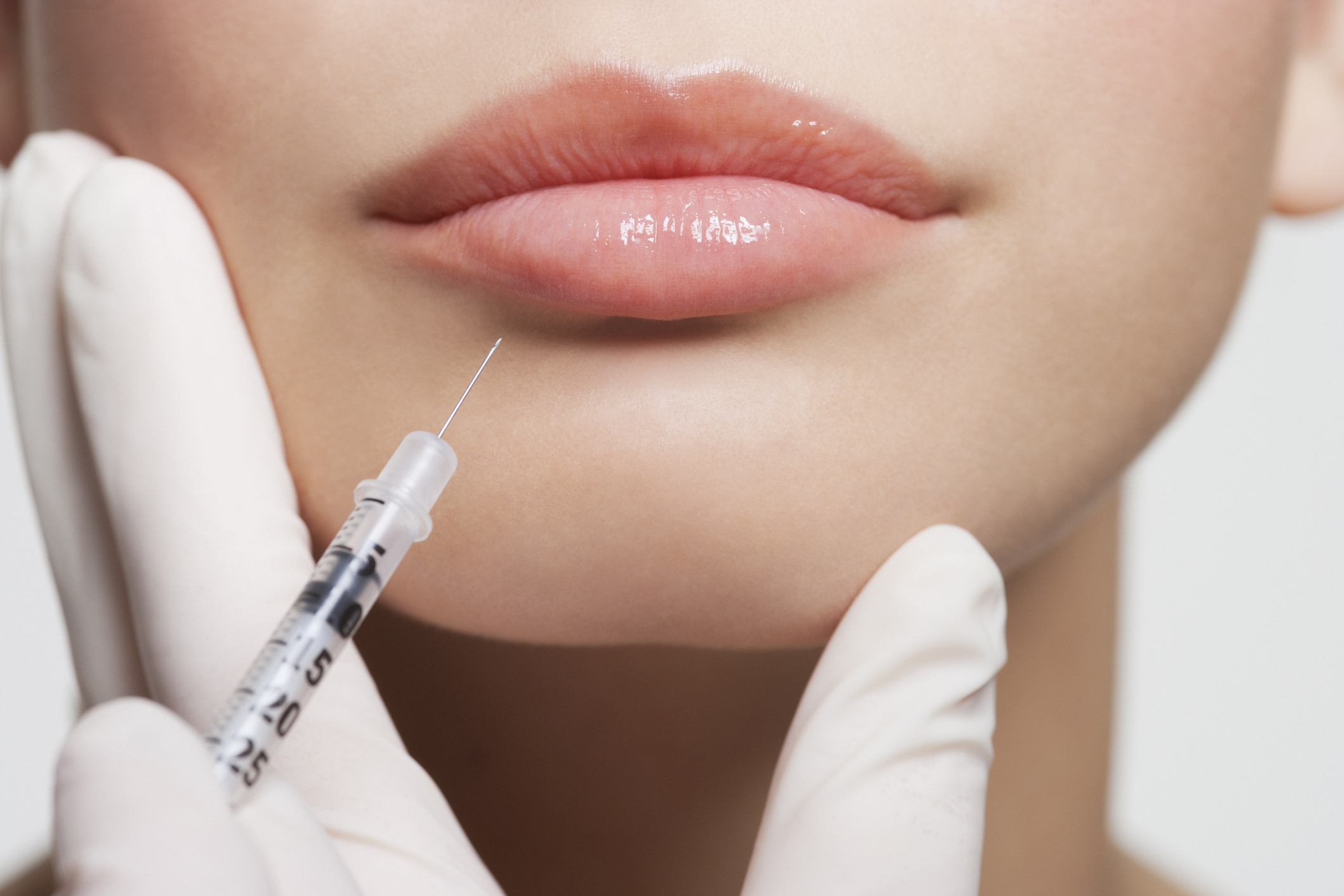 Efecte secundare neobișnuite ale vaccinului Moderna. Ce au pățit persoanele care aveau injecţii cu botox sau acid hialuronic