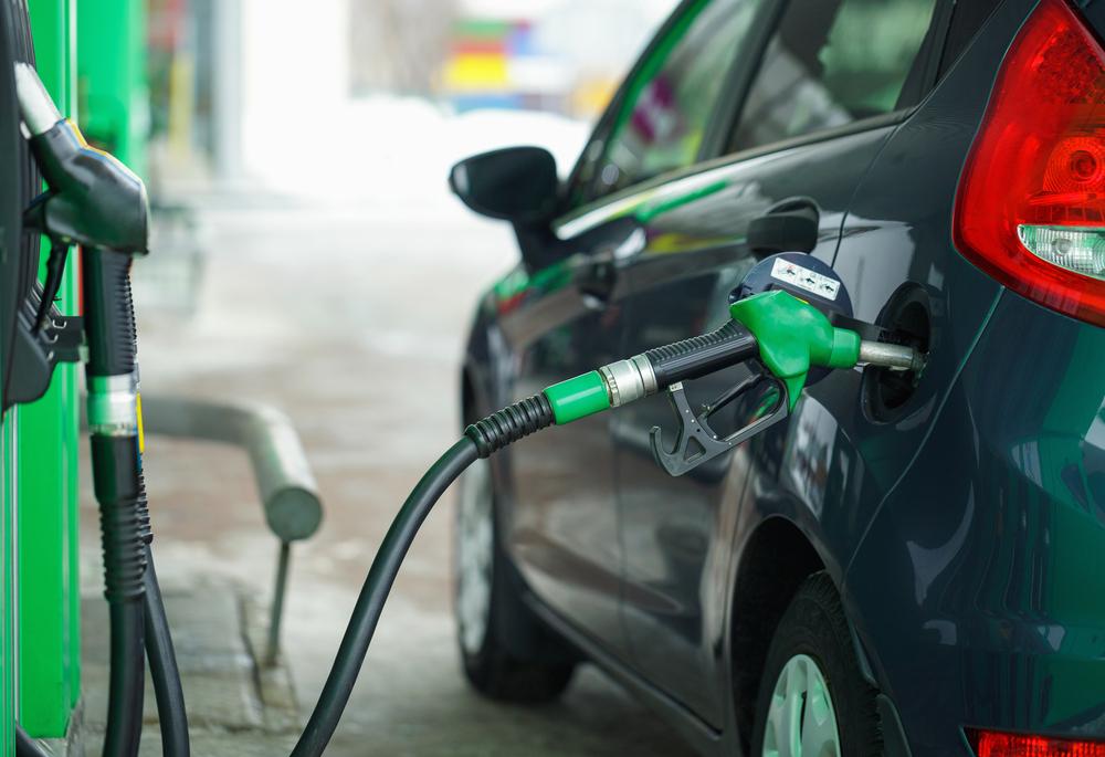 Benzina se scumpește în Europa. Factorii care au crescut prețul la pompă