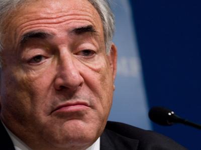 Seful FMI, Dominique Strauss-Kahn, a ajuns sa ne planga de mila