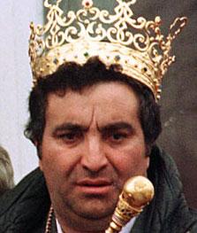 Florin Cioaba, autoproclamatul rege al rromilor, dator la compania de apa!