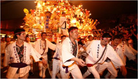 Anul Nou chinezesc bate la usa. 500 de milioane de oameni pornesc la drum