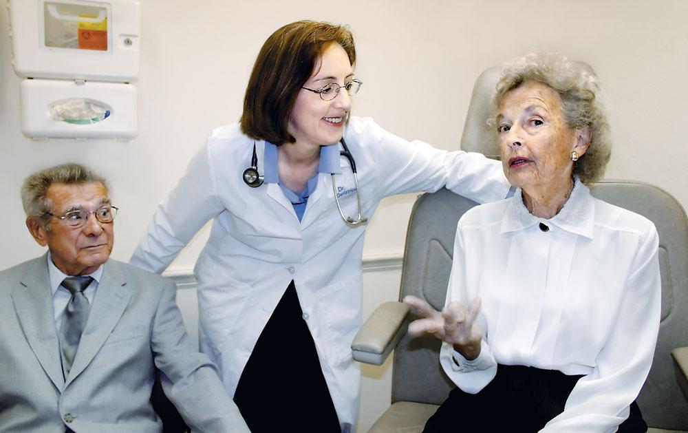 Maladia Alzheimer poate tine cancerul departe!
