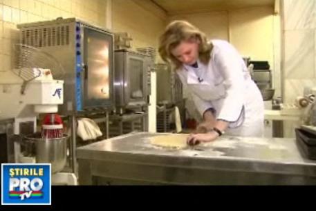 Roberta Anastase, sefa deputatilor, suceste placinte pe facalet! VIDEO