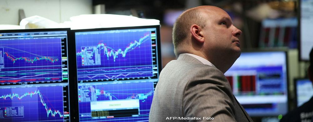 Pretul petrolului scade cu peste 2 dolari din cauza incertitudinilor din Grecia
