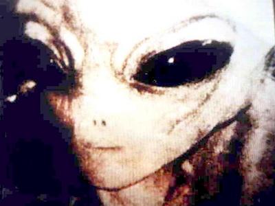 Un cunoscut fizician avertizeaza: in cel mult 100 de ani ne vom intalni cu extraterestrii