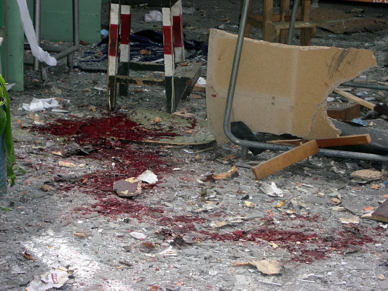 Cele doua femei ucise in explozia de la Uzina Sadu, conduse pe ultimul drum