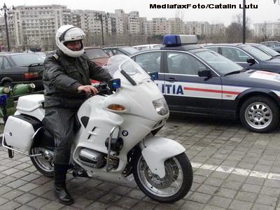 Au fost motociclisti rebeli. Acum sunt politisti care vaneaza motociclisti