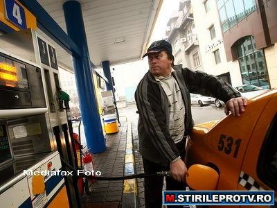 Efectul diesel. Dupa Petrom, Rompetrol si LukOil scumpesc masiv motorina