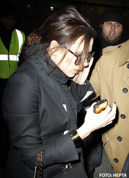 Victoria Beckham are iPhone de aur de 35.000 de dolari