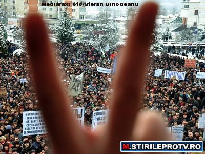 1 Mai, sub semnul protestelor. Violente intre extremisti si politie
