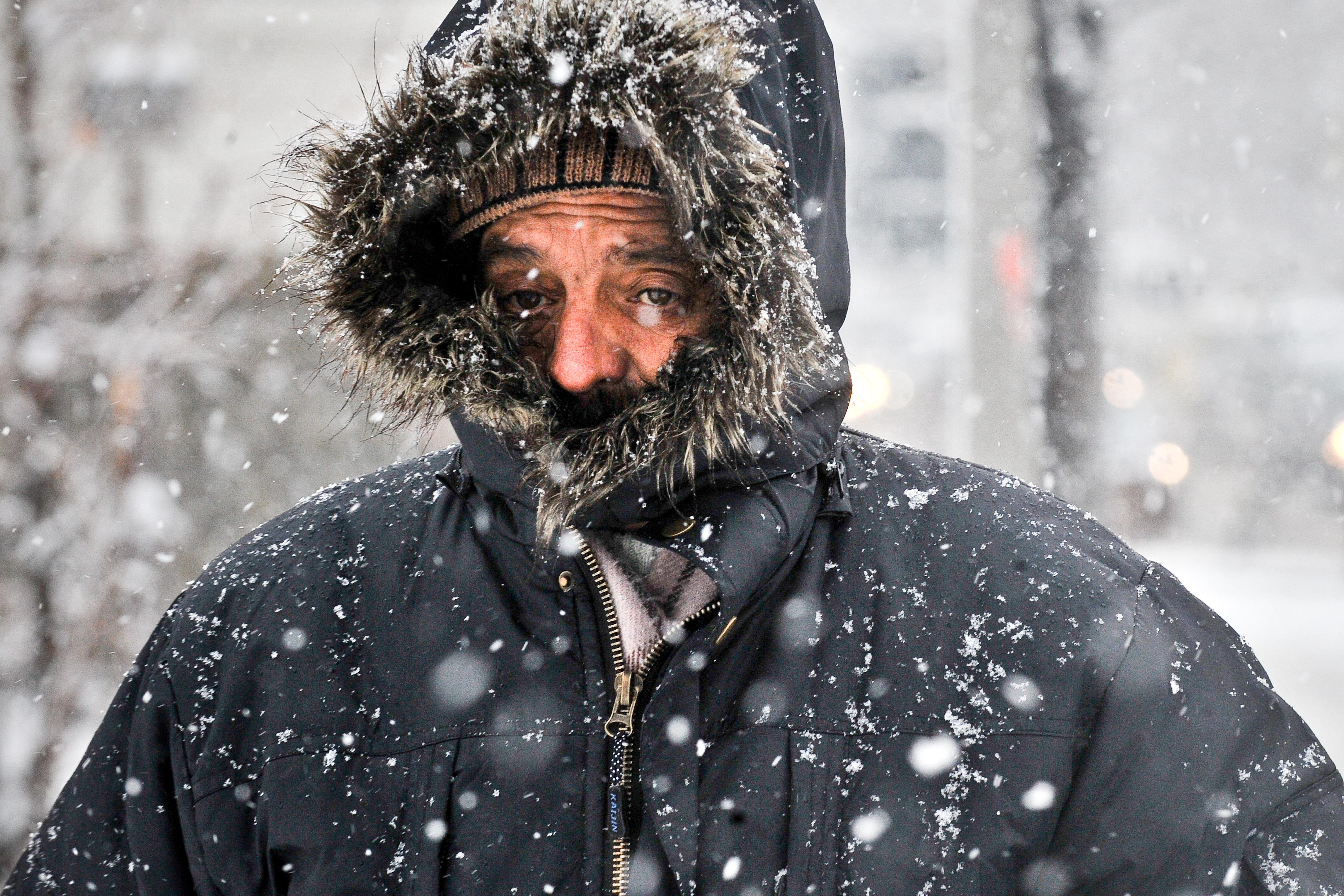 In Romania a fost mai frig ca la Polul Sud, noaptea trecuta. Prognoza pe trei zile