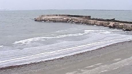 Peisaj unic in Dobrogea. Dunarea fierbe, iar Marea Neagra e mai alba ca niciodata