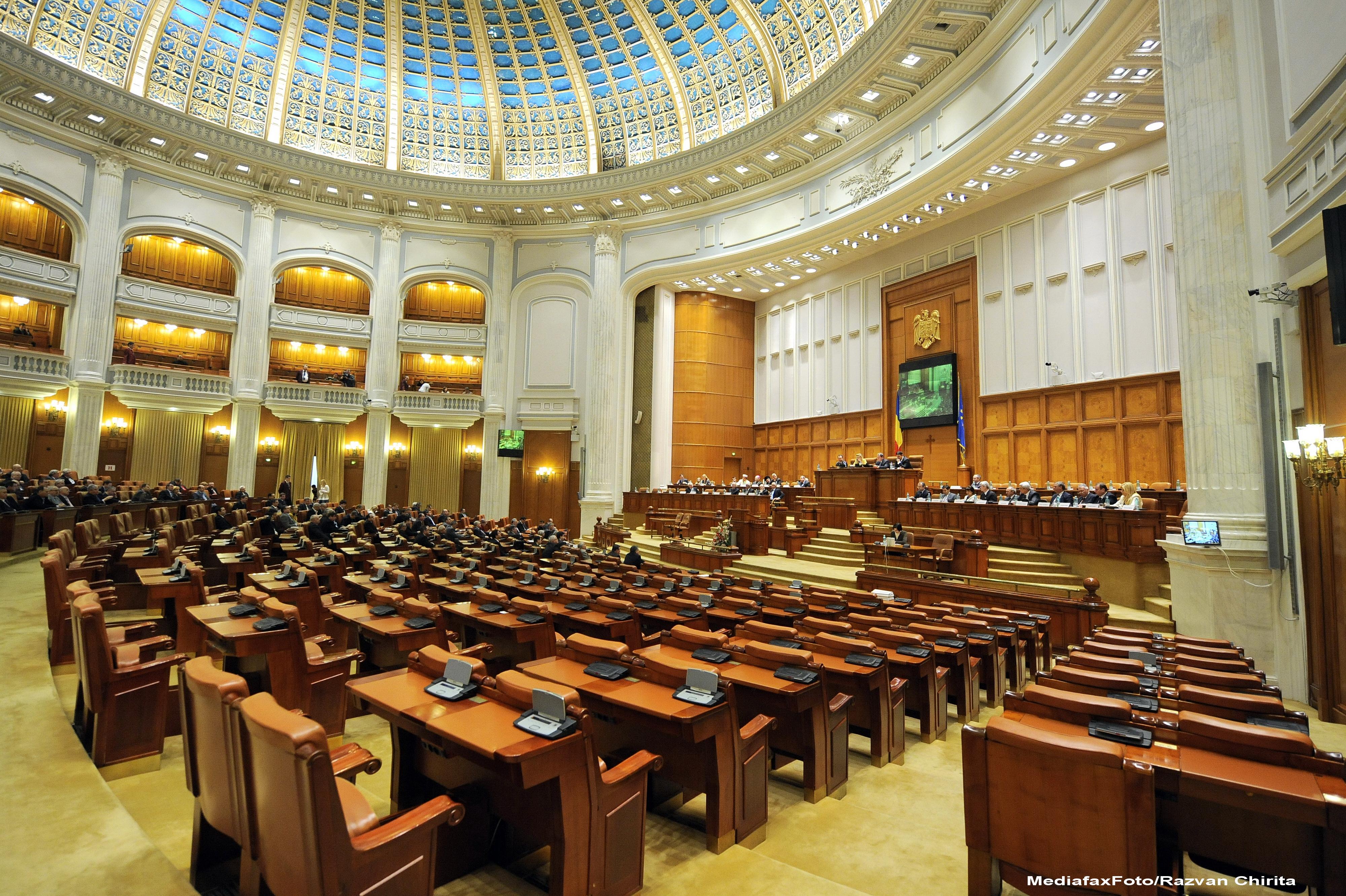 Studiu citat de Washington Post: Democrația din România este în scădere
