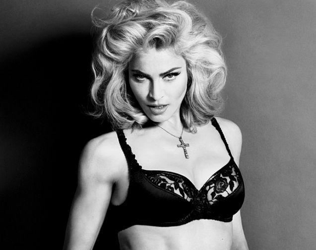 Madonna ar putea imbraca din nou rochia de mireasa. Iubitul Brahim a cerut-o de nevasta
