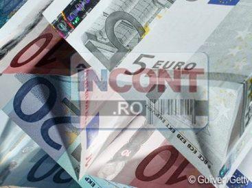 Un sarb din Ineu isi acuza iubita ca l-a pradat de 5.000 de euro si 200 de grame de aur