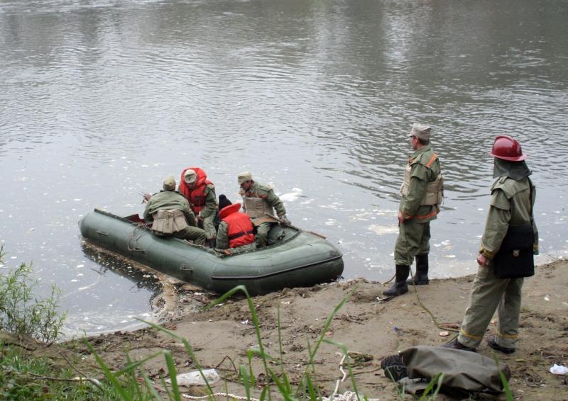 Schelet uman, descoperit de doi pescari in raul Arges. Criminalistii nu au nicio pista