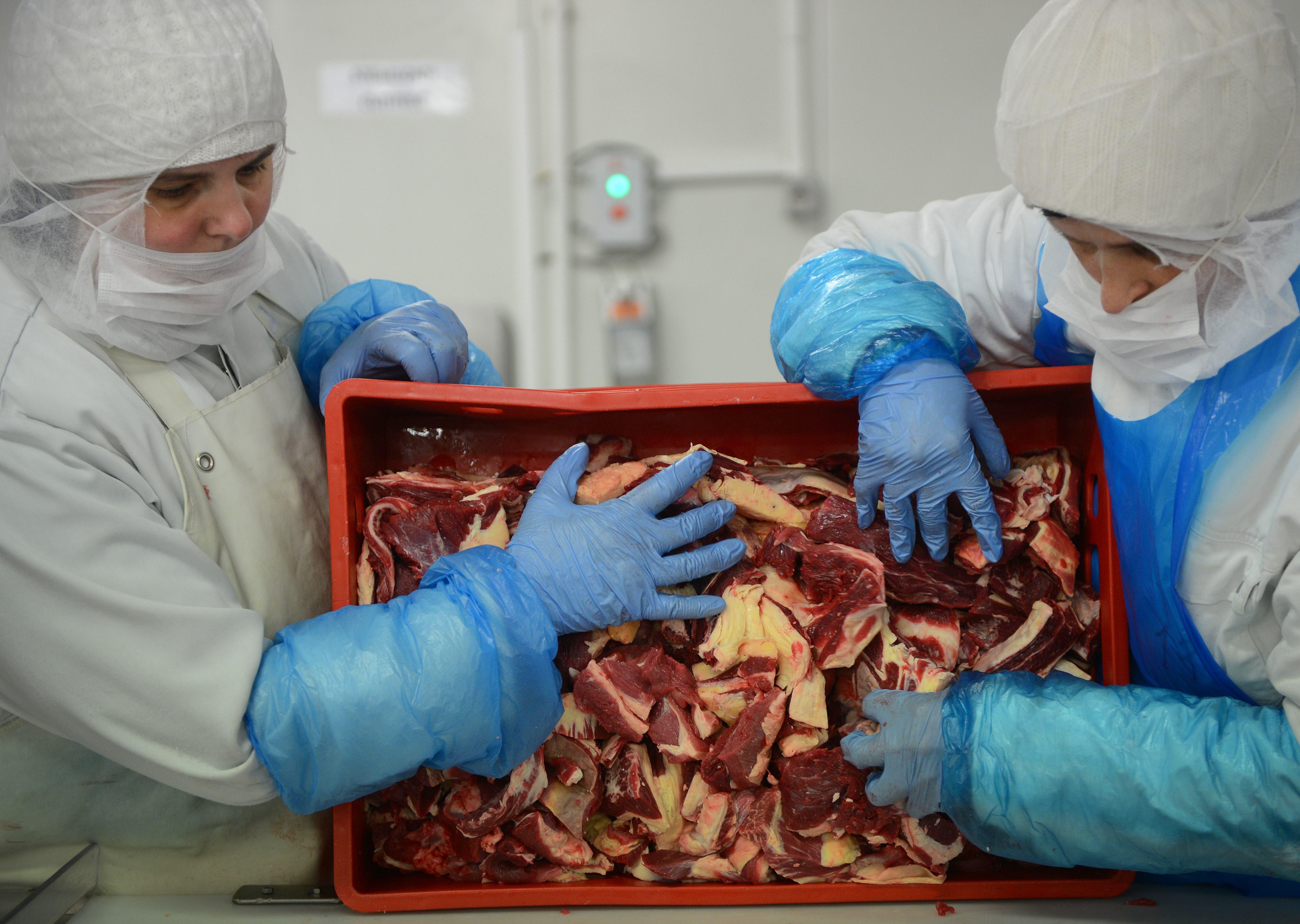 CE cere statelor UE sa efectueze teste ADN pe produsele din carne de vita
