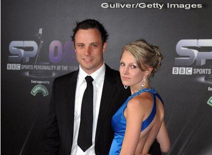 Oscar Pistorius, arestat pentru crima. Atletul a declarat ca si-a confundat iubita cu un hot