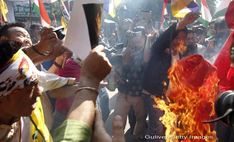 100 de calugari tibetani s-au autoincendiat in semn de protest fata de autoritatile chineze
