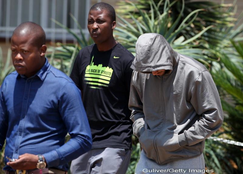 Cazul Oscar Pistorius: Impuscaturi la 3 dimineata, 10 minute de liniste si apoi iar impuscaturi