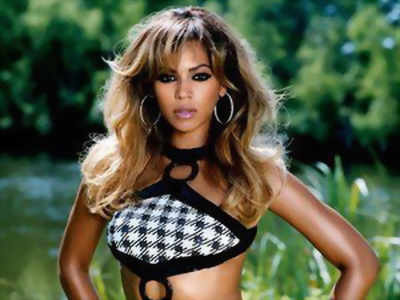 Seara in care Beyonce a reusit sa prabuseasca serverele iTunes si a reinventat marketingul in muzica