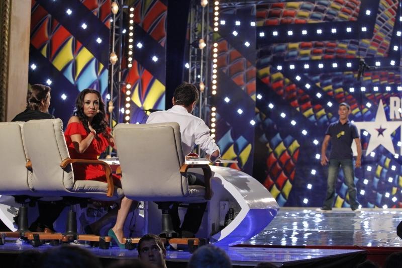 """Andra aproape de lesin in timpul show-ului """"Romanii au talent"""""""