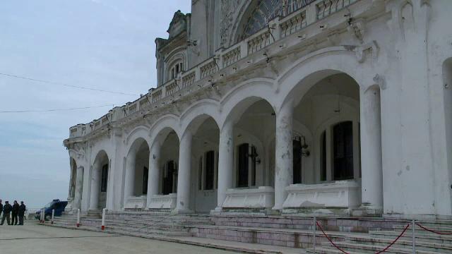 Mazare cere relaxare fiscala pentru a salva Cazinoul din Constanta. Cladirea devine pe zi ce trece doar o ruina