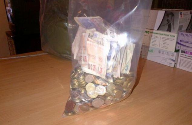 Cel mai eficient cersetor din Marea Britanie. S-a laudat in fata politiei ca a strans 1000 de euro in 3 zile