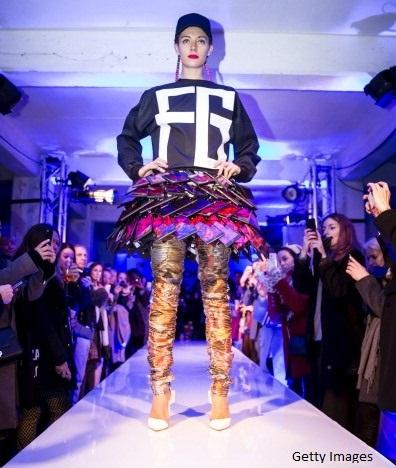 Cea mai discutata aparitie, la Saptamana modei, de la Londra. Cum arata
