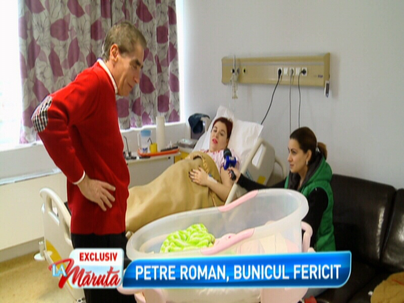 Petre Roman emotionat, dupa ce si-a vizitat nepotica la spital.